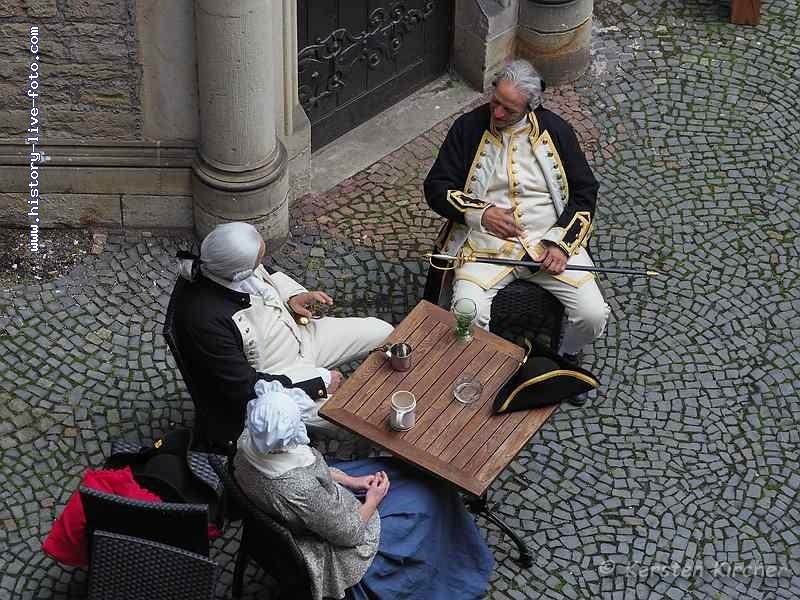http://www.history-live-foto.com/bgal3/cache/vs_Barocktage%20Bueckeburg%202017%20Soldaten_BB17_E2173163.jpg