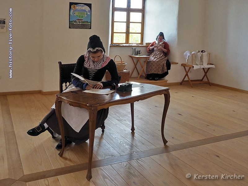 http://www.history-live-foto.com/bgal3/cache/vs_Burgtreswitz%202017_tres17_E2170190.jpg