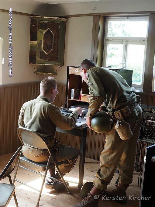 http://www.history-live-foto.com/bgal3/cache/vs_Gottersdorf%20Stunde%20null%202017%20Hauptquartier_gotnul_E2170474.jpg