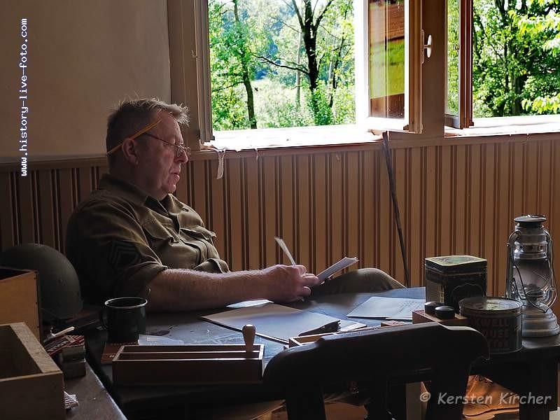 http://www.history-live-foto.com/bgal3/cache/vs_Gottersdorf%20Stunde%20null%202017%20Hauptquartier_gotnul_E2170476.jpg