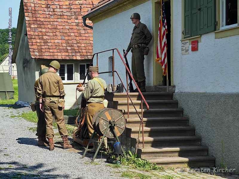 http://www.history-live-foto.com/bgal3/cache/vs_Gottersdorf%20Stunde%20null%202017%20Hauptquartier_gotnul_E2170503.jpg