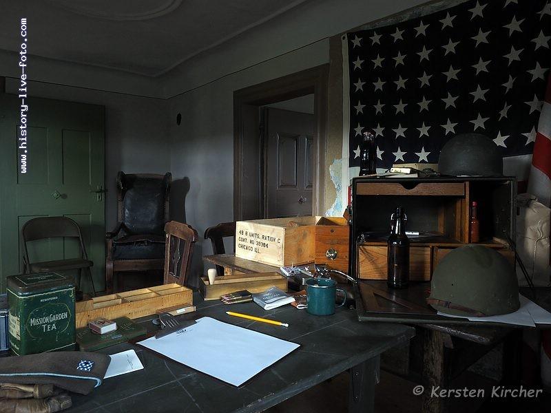 http://www.history-live-foto.com/bgal3/cache/vs_Gottersdorf%20Stunde%20null%202017%20Hauptquartier_gotnul_M1170095.jpg