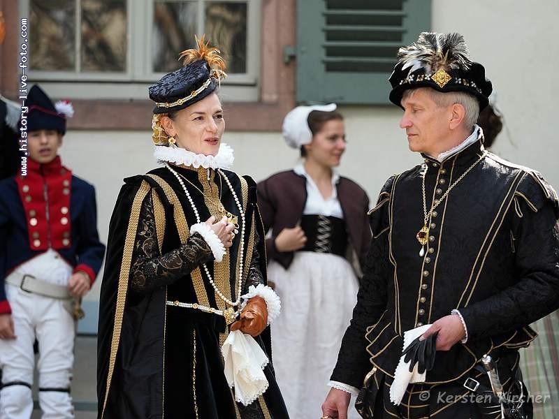 http://www.history-live-foto.com/bgal3/cache/vs_Modeschau%20Darmstadt%202017_moda17_E2172172.jpg